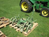 JD L MOUNTED CULTIVATORS
